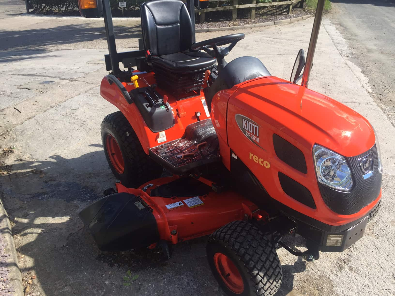 Kioti Tractors 2610 : Kioti cs u campey turf care systems