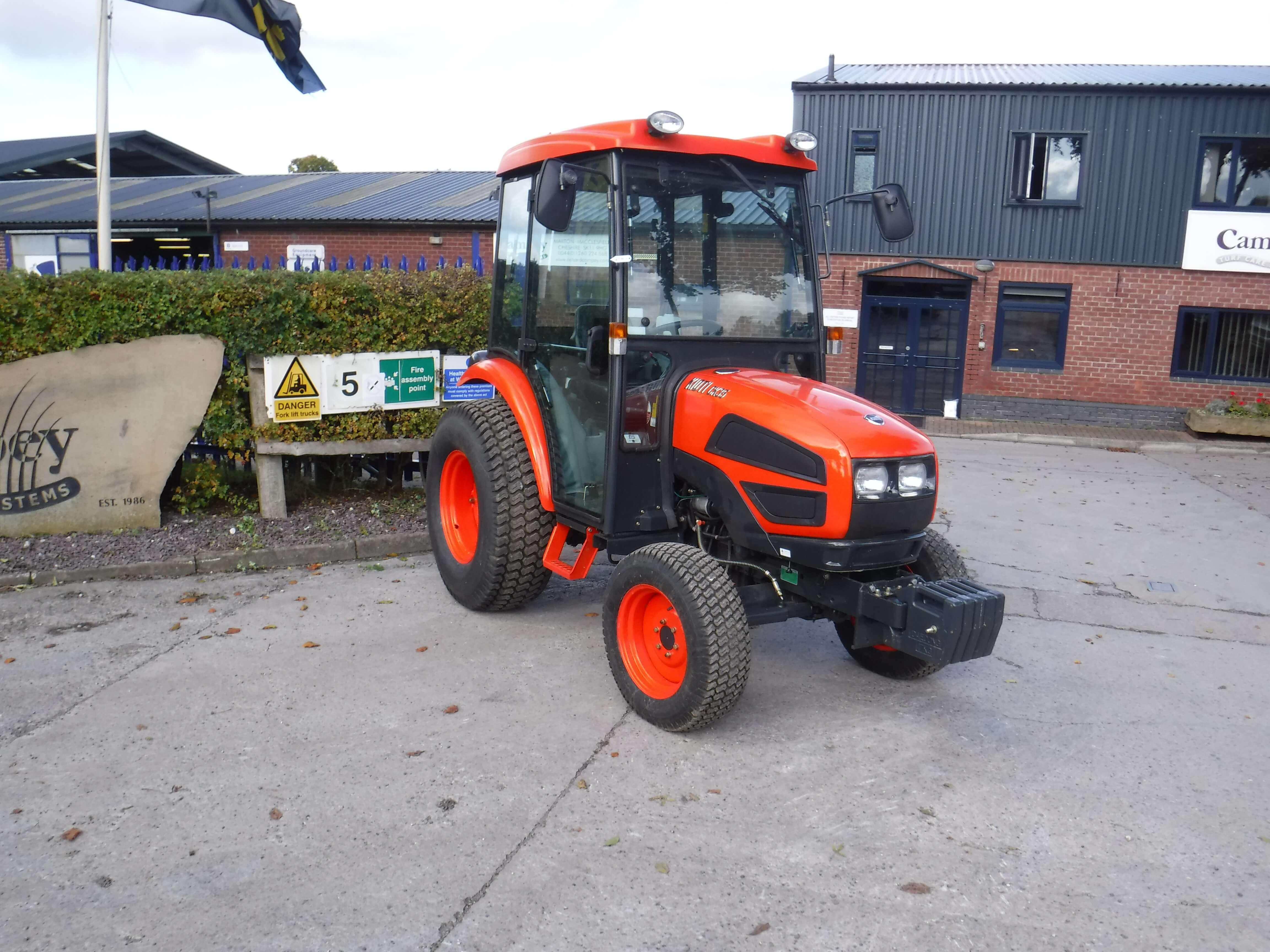 Kioti CK35 Tractor - U4034