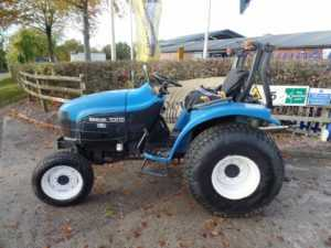 New Holland TC27D Tractor - U4045