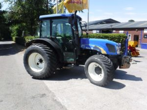 New Holland T4050 Tractor UNO